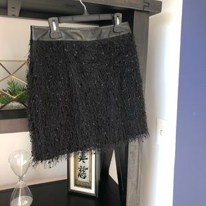 TCEC ruffle skirt (black)